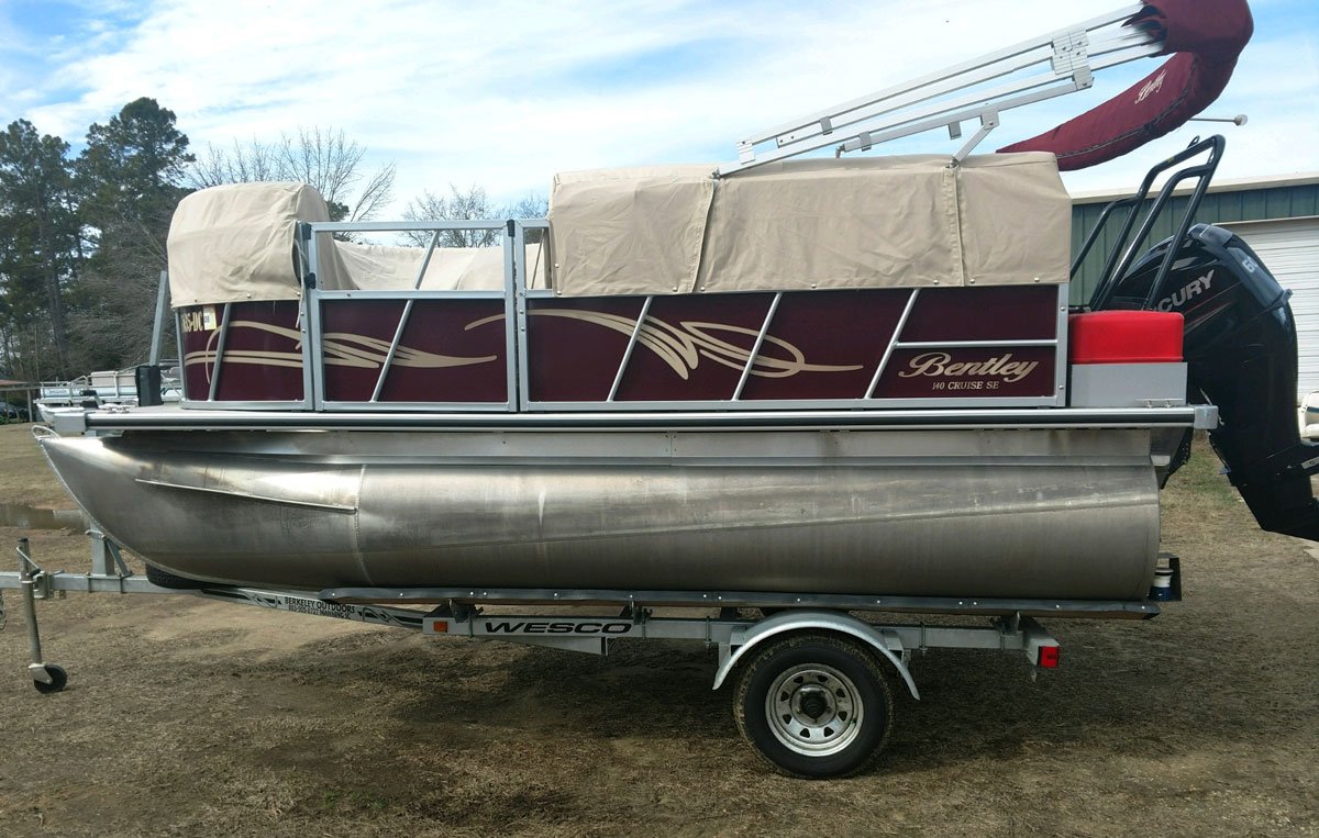 Bently Pontoon boat before application